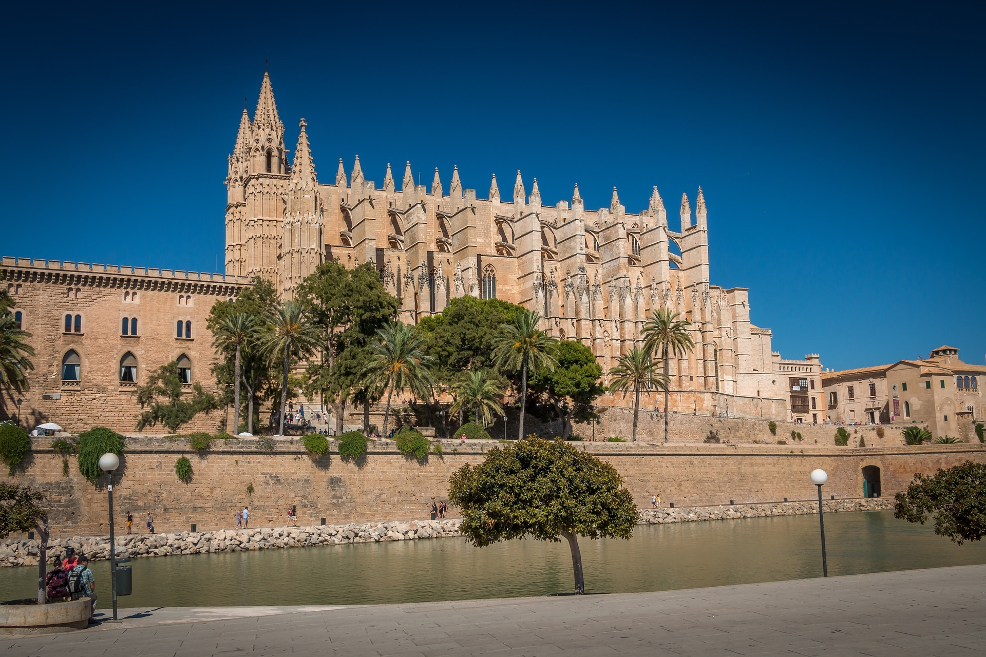 Palma de Mallorca, Spain: what is palma de mallorca known for