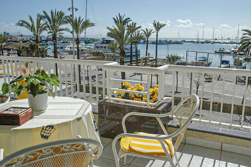 Apartment by the sea in Port Alcudia